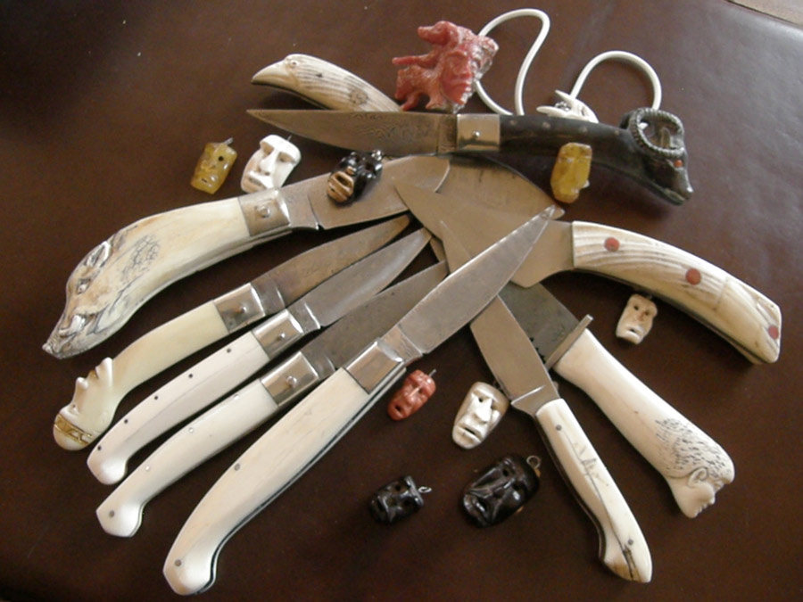 maschere-e-coltelli